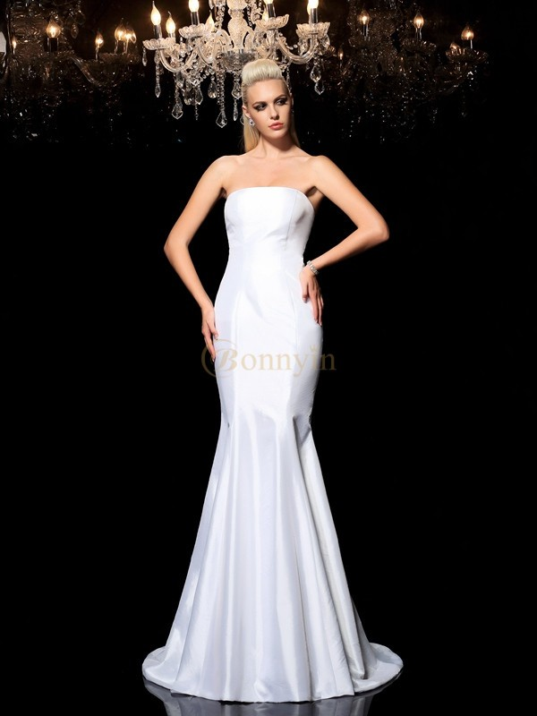 White Satin Strapless Sheath/Column Sweep/Brush Train Evening Dresses