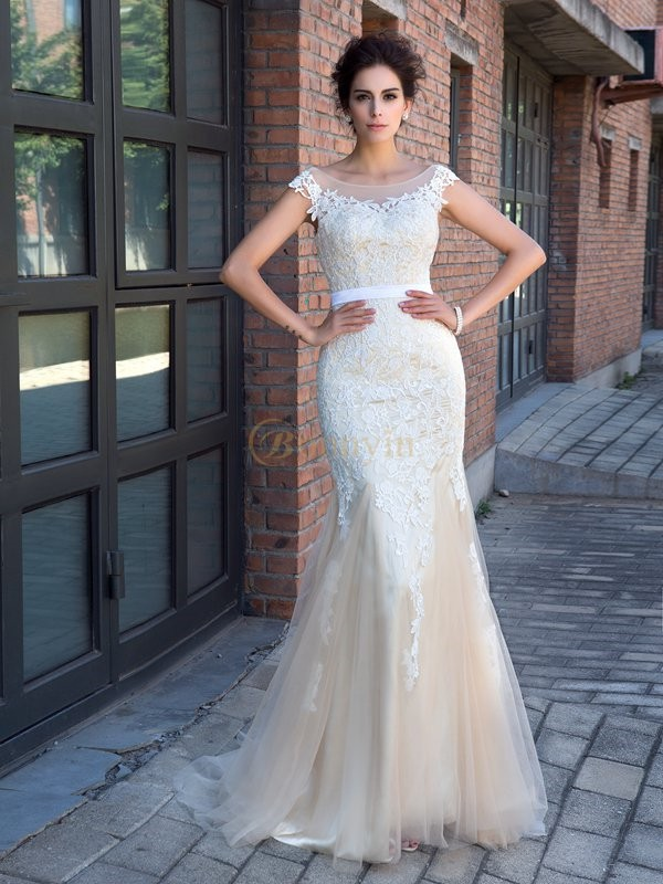 Champagne Net Sheer Neck Trumpet/Mermaid Sweep/Brush Train Prom Dresses