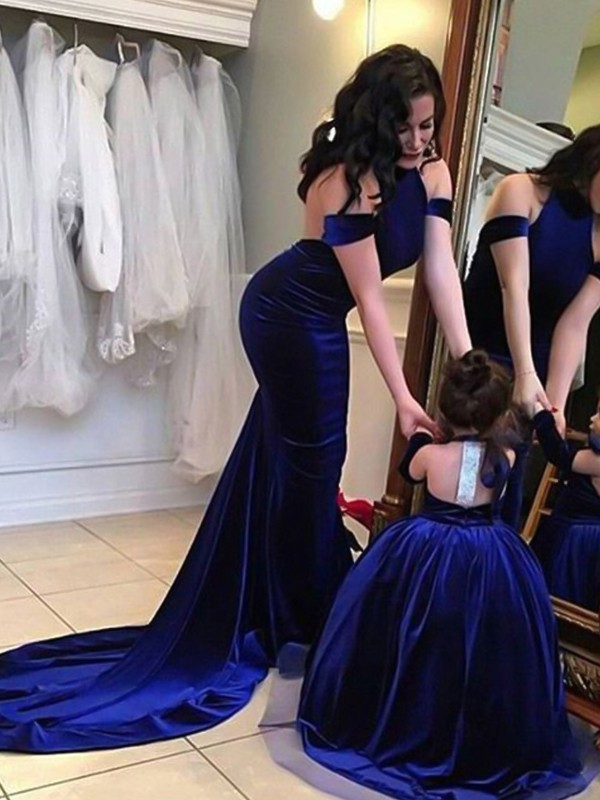 Royal Blue Velvet Halter Sheath/Column Sweep/Brush Train Dresses
