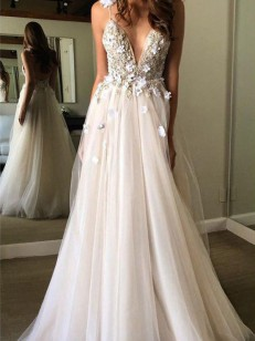 Ivory Tulle V-neck A-Line/Princess Floor-Length Wedding Dresses