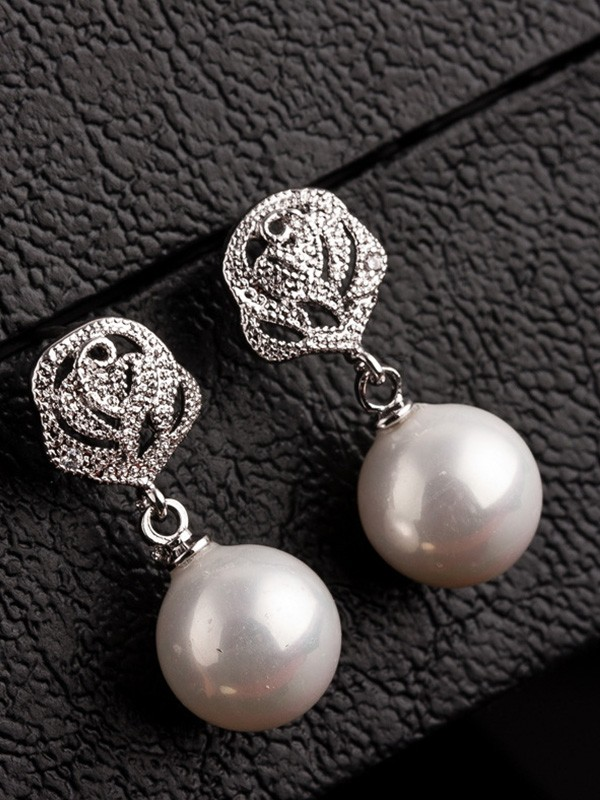 Elegant Copper With Imitation Pearl Hot Sale Earrings