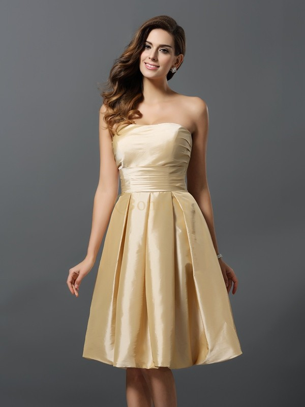 Champagne Taffeta Strapless A-Line/Princess Knee-Length Bridesmaid Dresses