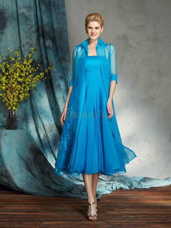 Blue Organza Strapless A-Line/Princess Knee-Length Mother of the Bride Dresses