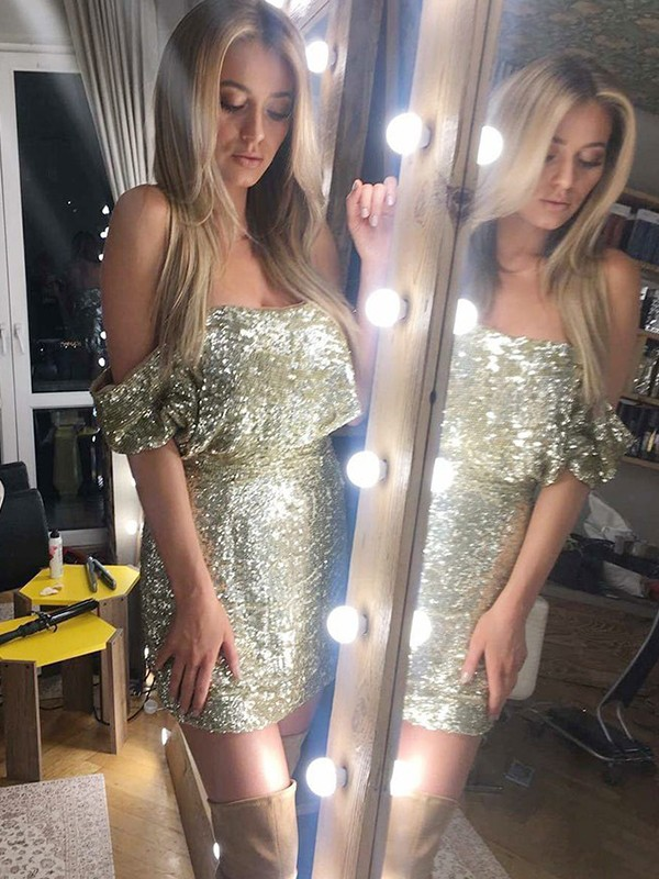 Gold Sequins Off-the-Shoulder Sheath/Column Short/Mini Dresses