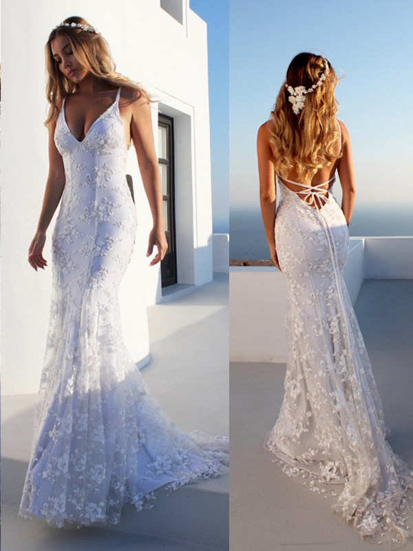 White Tulle Spaghetti Straps Trumpet/Mermaid Court Train Wedding Dresses