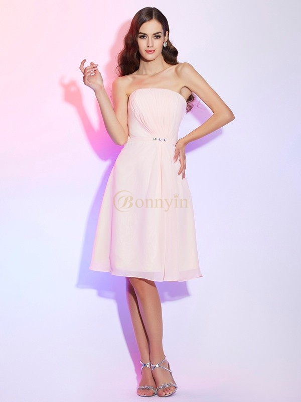 Pearl Pink Chiffon Strapless Sheath/Column Knee-Length Bridesmaid Dresses