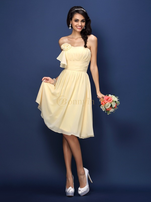 Daffodil Chiffon Strapless A-Line/Princess Knee-Length Bridesmaid Dresses