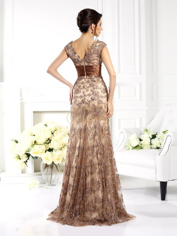Champagne Lace V-neck A-Line/Princess Sweep/Brush Train Mother of the Bride Dresses