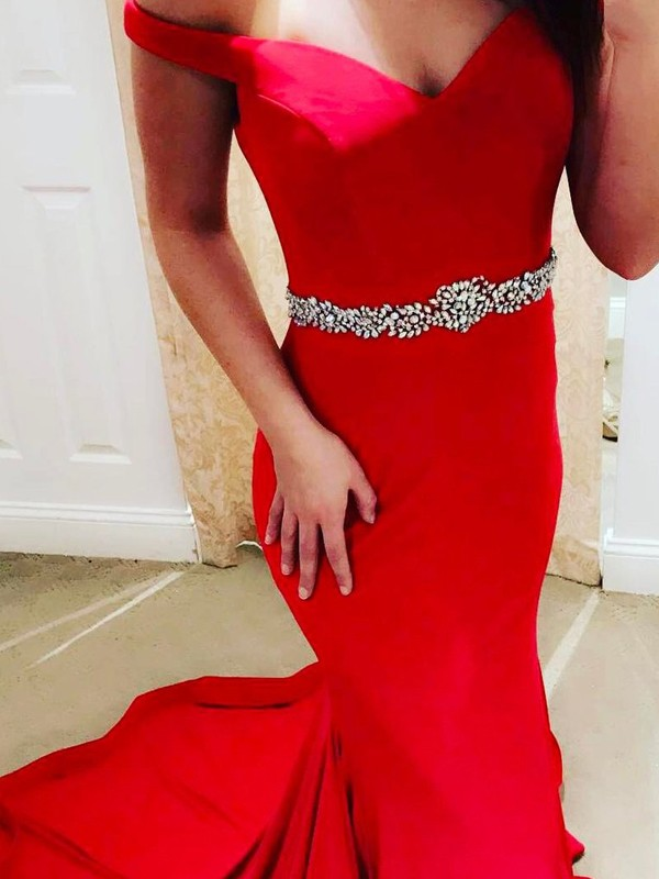 Red Satin Off-the-Shoulder Trumpet/Mermaid Sweep/Brush Train Prom Dresses