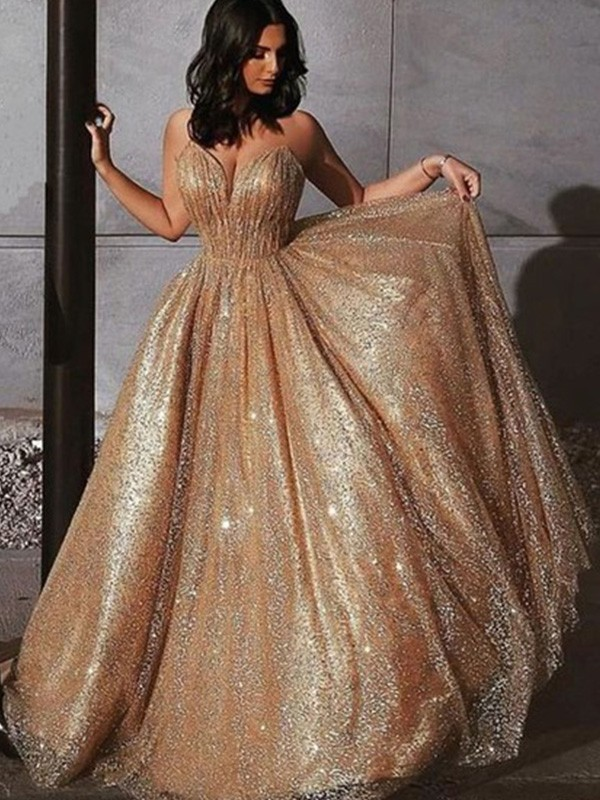 Champagne Tulle Spaghetti Straps A-Line/Princess Sweep/Brush Train Dresses