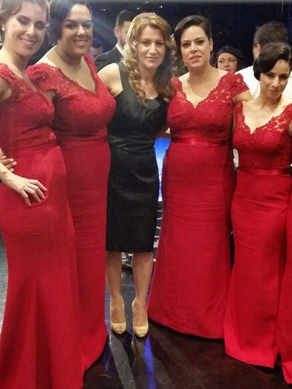 Red Satin V-neck A-Line/Princess Floor-Length Bridesmaid Dresses