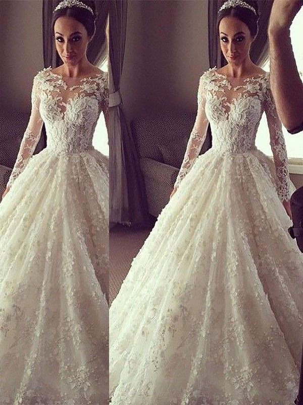 Ivory Lace Scoop Ball Gown Court Train Wedding Dresses